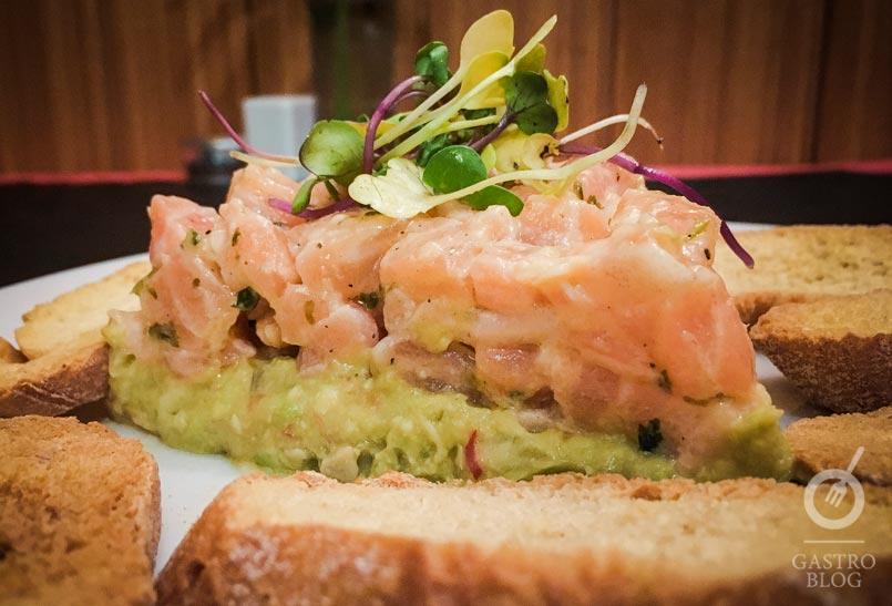 tartar de salmon restaurante manuela