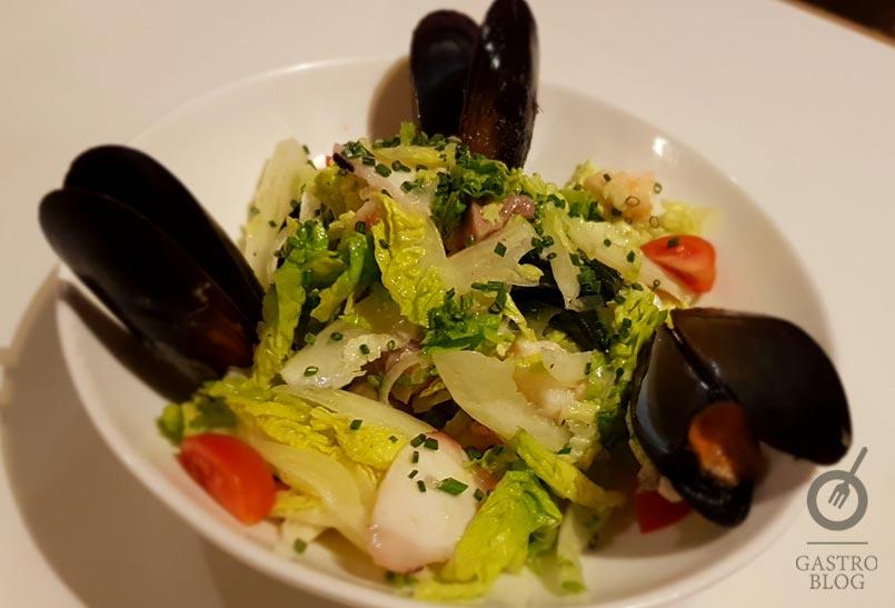 Ensalada de mar restaurante txubillo